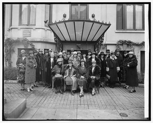 members of the general federation of women's clubs in the 1920s