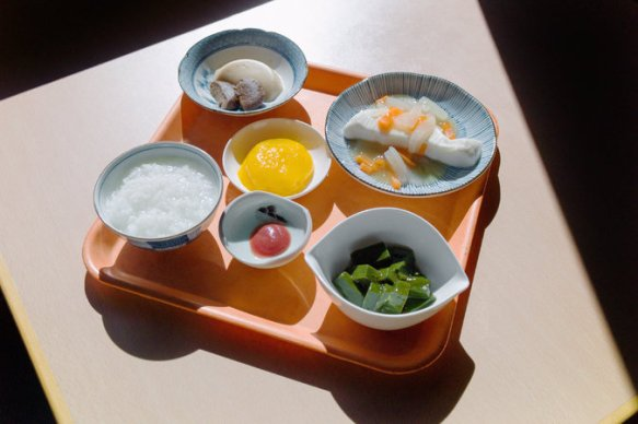 mold-magazine-food-aging-agar-yokohama